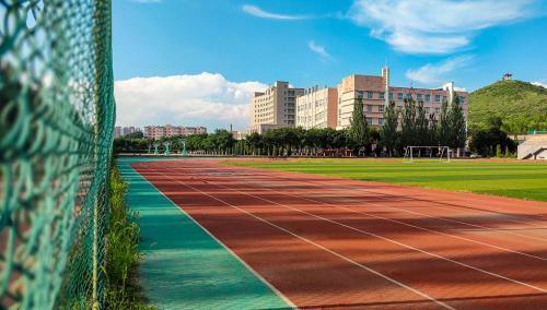 中美大学生文化交流活动在我校举行